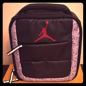 🍎ONLY 2! Jordan Lunch Box🍌